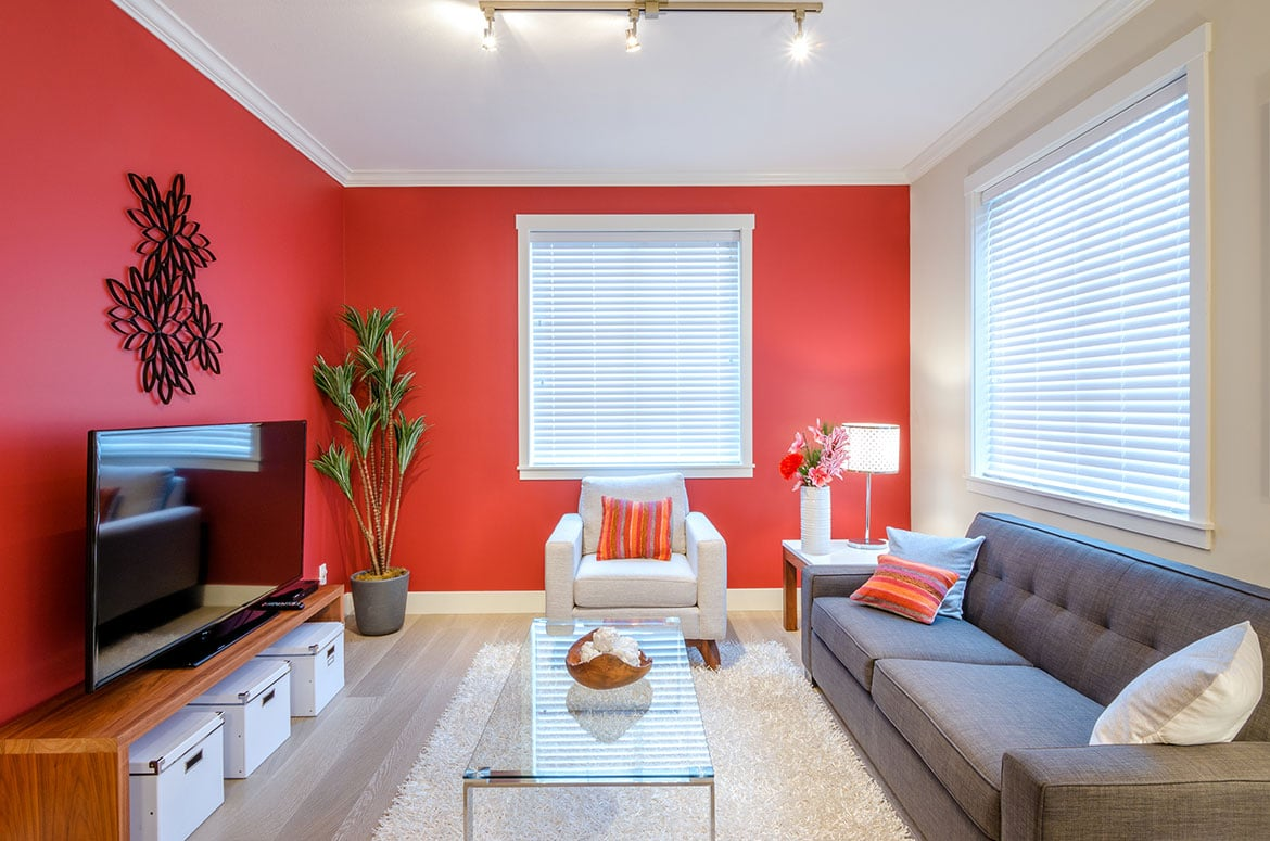 LONdon Painter Decorators Red Front Room